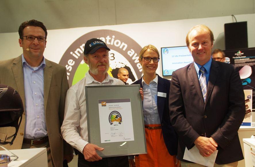 Gewinner des Innovation Award 2013 in der Kategorie 'Sattel & Zubehör' war Cristoph Rieser mit einer Erweiterung seines bewährten Sattelmesssystems