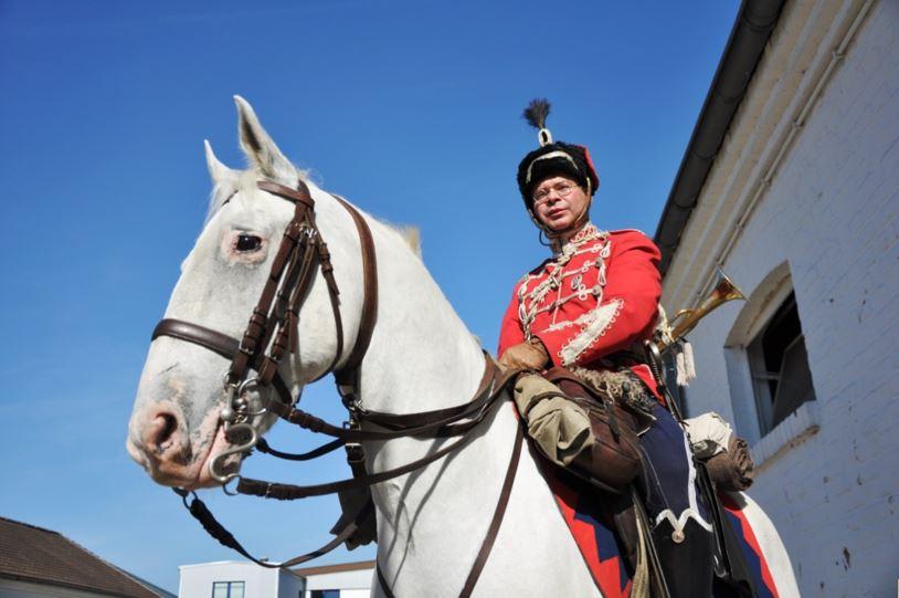 Unterhaltung und Unterstützung garantieren Reiter des Deutschen Kavallerieverbandes