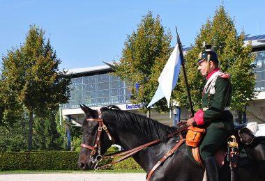 kavallerie_lanze-12_pferdeseite