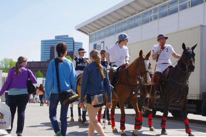 Polo vor Messepublikum wird es auch in Berlin zur Hippologica zu sehen geben